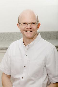 Dr. med. dent. Dirk Anders